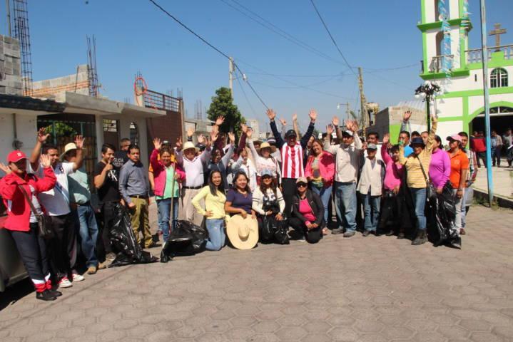 Alcalde mejora la imagen urbana del municipio con faenas de limpieza