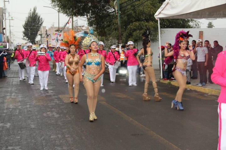 Arranco la Feria Yauhquemehcan 2018 con un desfile y la coronación de Elsa I