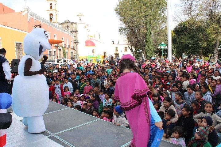 Ayuntamiento de Huamantla festeja el día de Reyes a lo grande