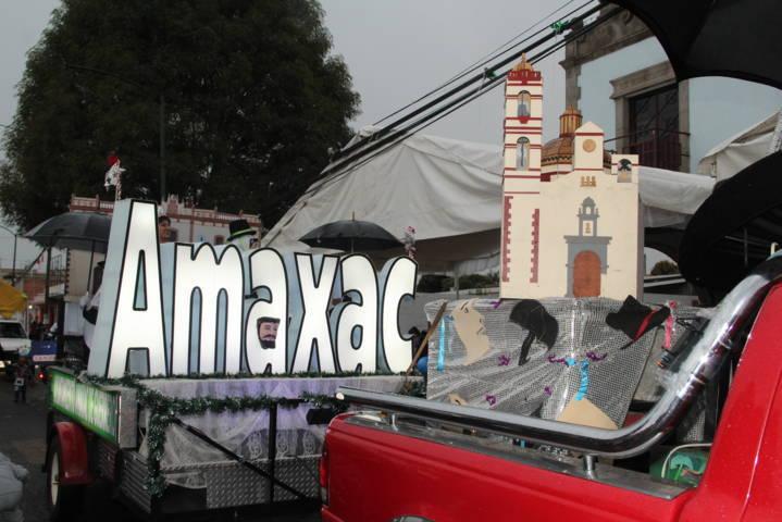 Amaxac participó en el desfile de feria Yauhquemehcan 2018