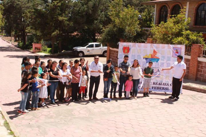 Inaugura Presidente Municipal de Tetla, Obra Pública en la comunidad de Atexcatzinco