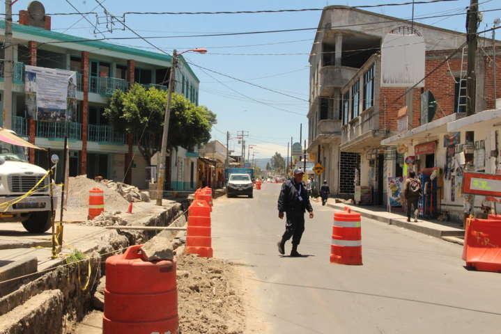 Alcalde da a conocer que las obras de mejoramiento urbano van en un 65%