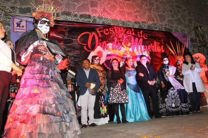 Ayuntamiento impulsa las tradiciones de Día de Muertos con un festival