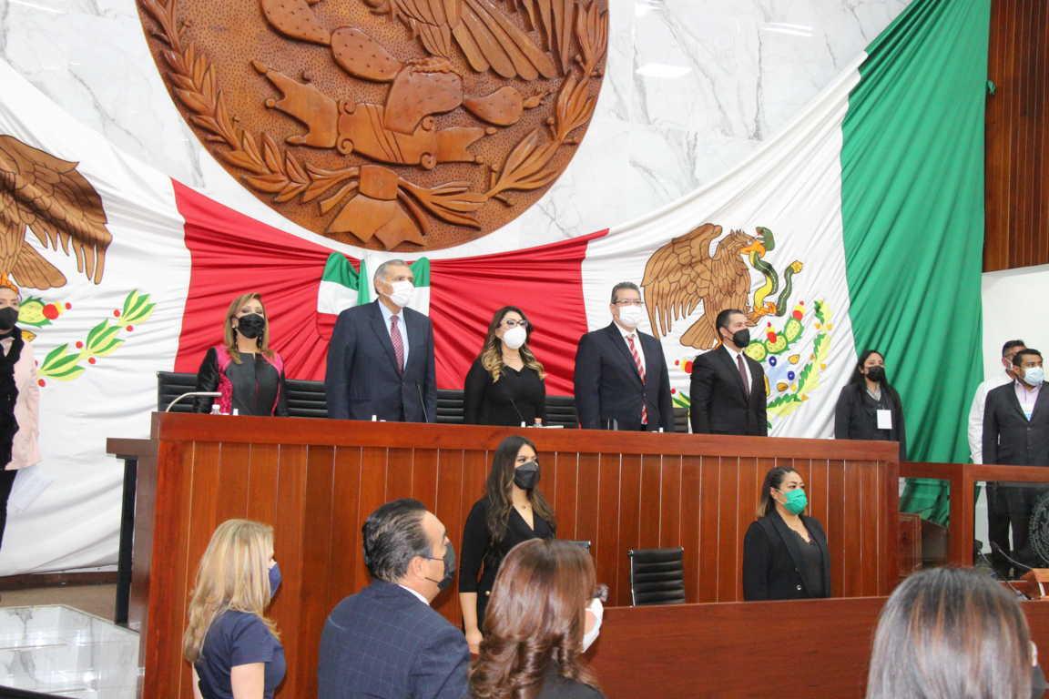 Lorena Cuéllar rinde ante el Congreso del Estado  protesta como gobernadora