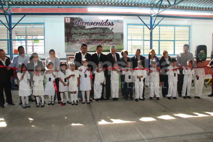 Alcalde abre las puertas a la 1er generación de la Prim. Melchor Ocampo