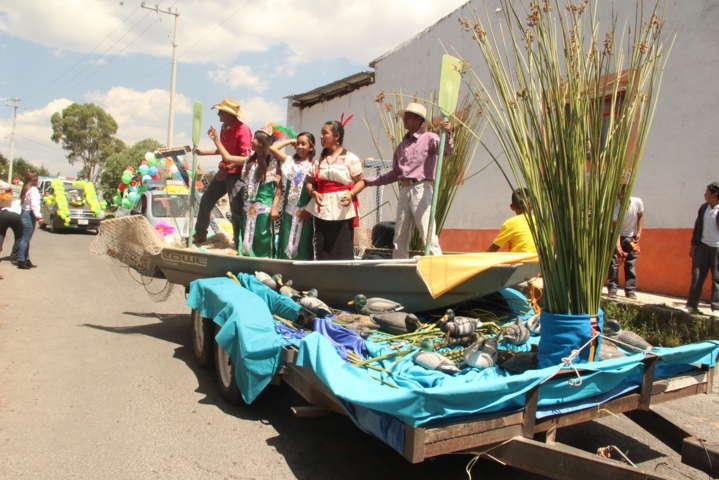 La feria de la Carpa y el Pulque Atlangatepec 2017 arranco con un desfile