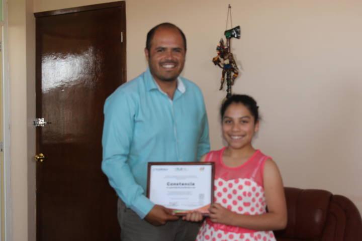Laura Escamilla Sanluis es reconocida por el Ayuntamiento como Niña Difusora