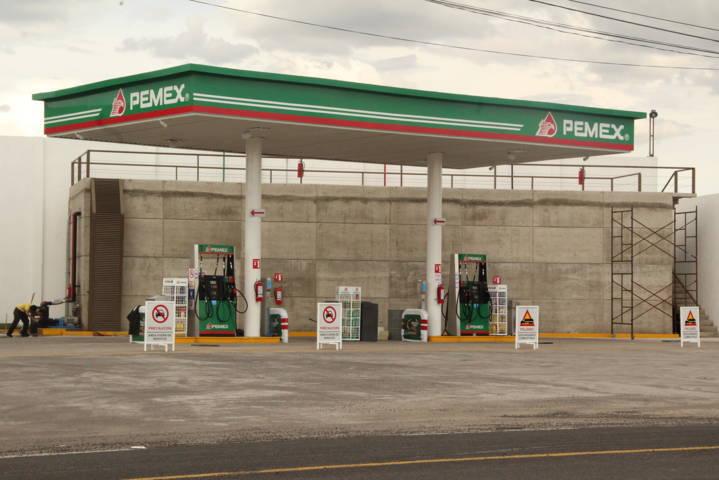 Tragedia latente de permanecer abierta gasolinera: Pobladores