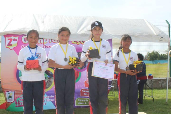 Sanabria Chávez fomenta el deporte con la 2da olimpiada escolar