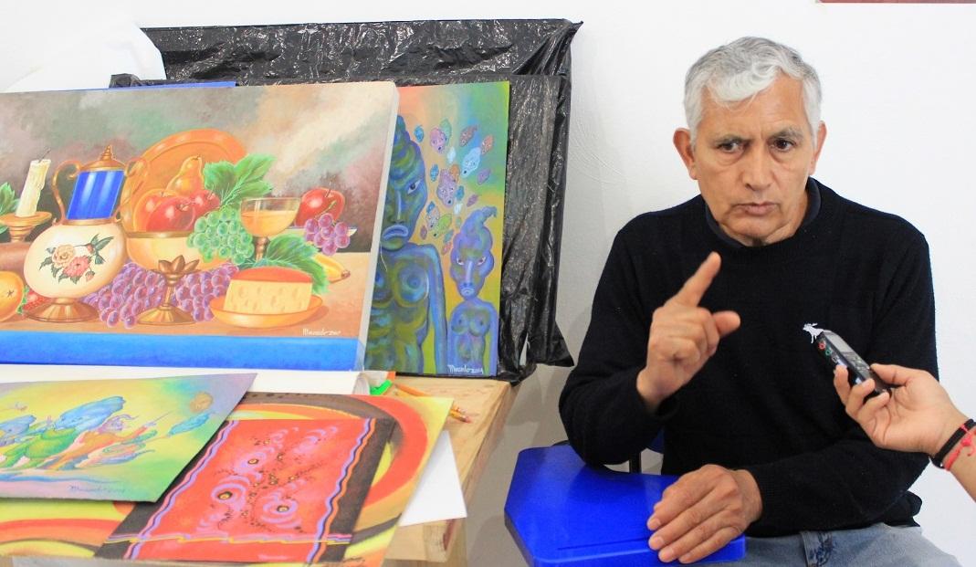 """Ofrece Apetatitlán taller de pintura; el instructor reconoce """"talento local"""""""