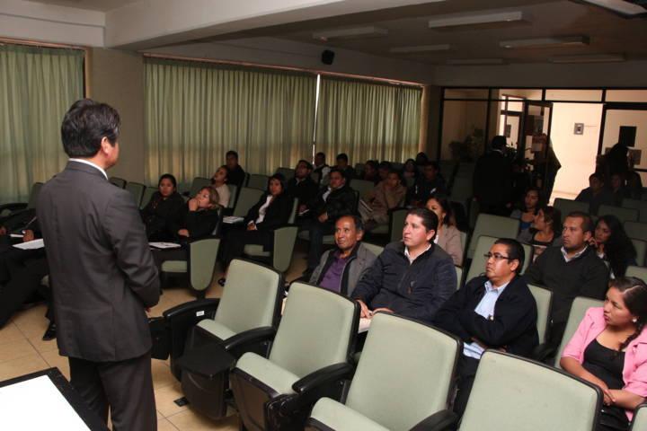 Capacitan a personal de la  PGJE en mecanismos alternativos de solución de controversias