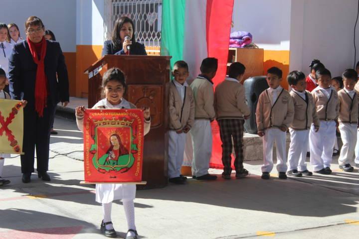 Alcalde encabezo homenaje del Día de la Bandera en el jardín de niños Xicohténcatl