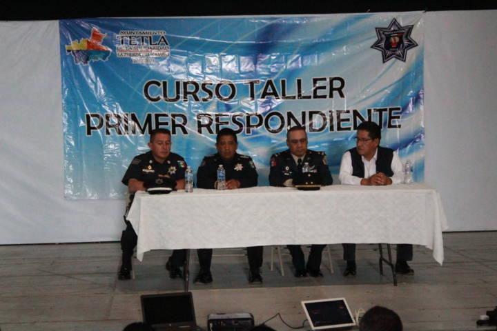 Policías de Tetla se actualizan en derechos humanos y primer respondiente