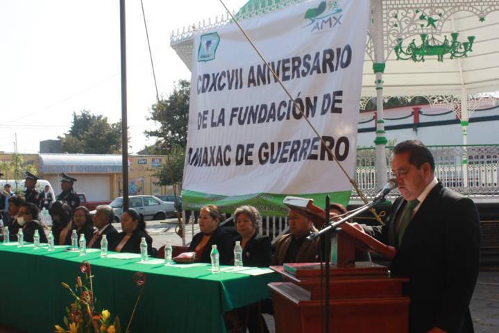 Carin Molina encabezo el 497 aniversario de la fundación de Amaxac