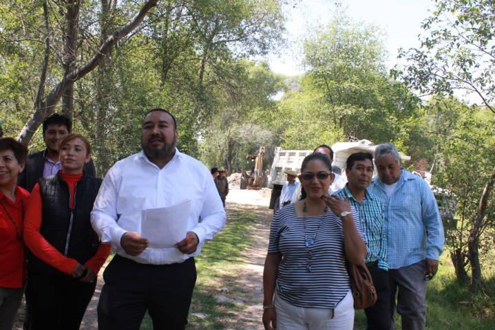 Ayuntamiento realiza obras y acciones a favor de los campesinos del municipio