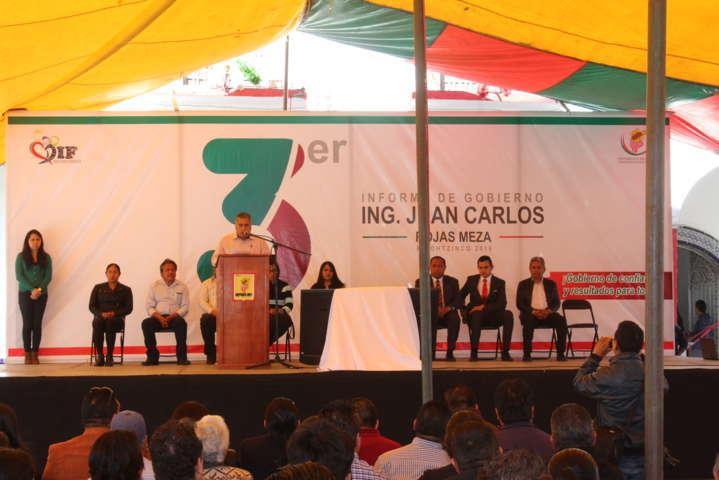 Alcalde resalta acciones realizadas, en su 3er informe ante la ciudadanía