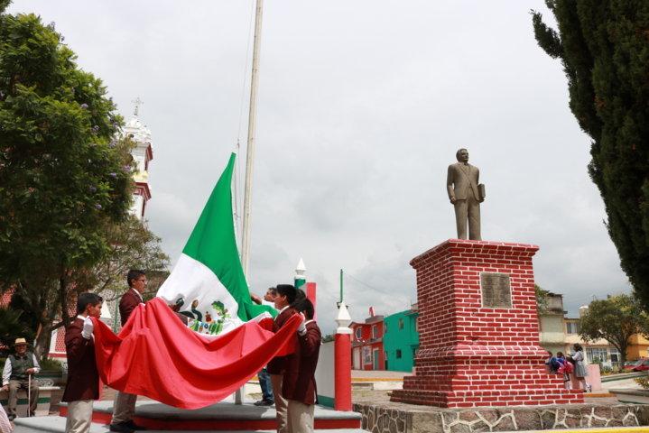 Celebra Chiautempan el XXXVII Aniversario Luctuoso del Ex Gobernador Emilio Sánchez Piedras