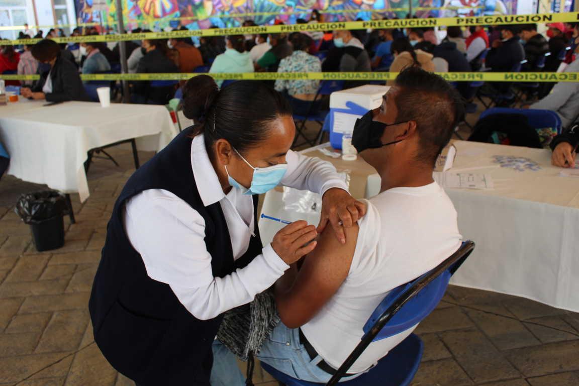 Vacunación contra Covid-19 a personas de 30 a 39 años de edad en Tepetitla
