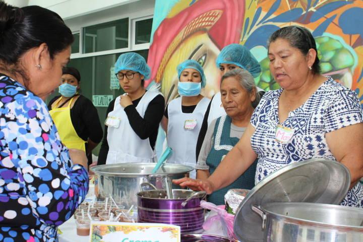 Comedores escolares de SPM realizaron muestra gastronómica