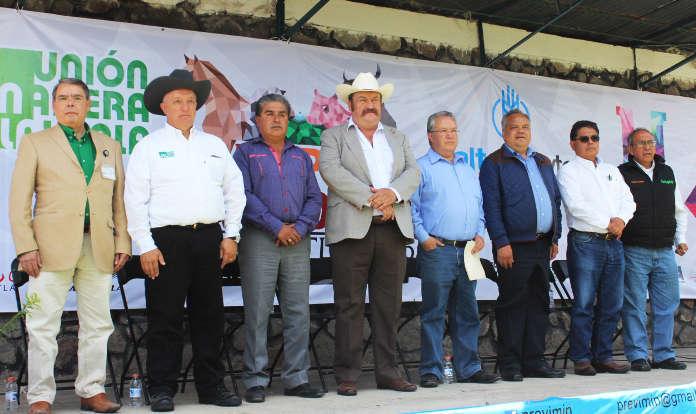 Inaugura JAAL Expo Ganadera Huamantla 2016