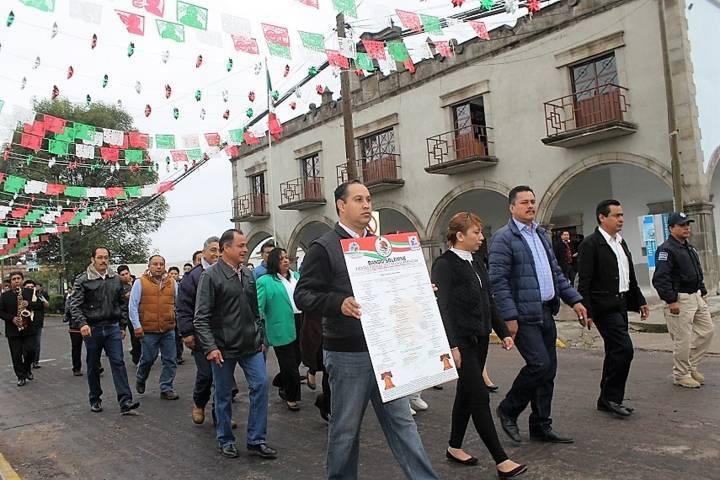 Con la fijación del Bando Solemne damos inicio a las fiestas patrias: alcalde