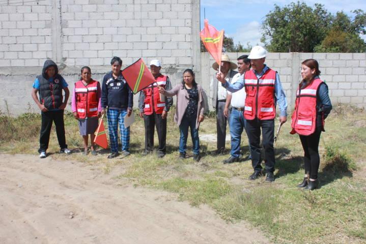 Pérez Juárez inicia trabajos en calle nueva del barrio de Contla