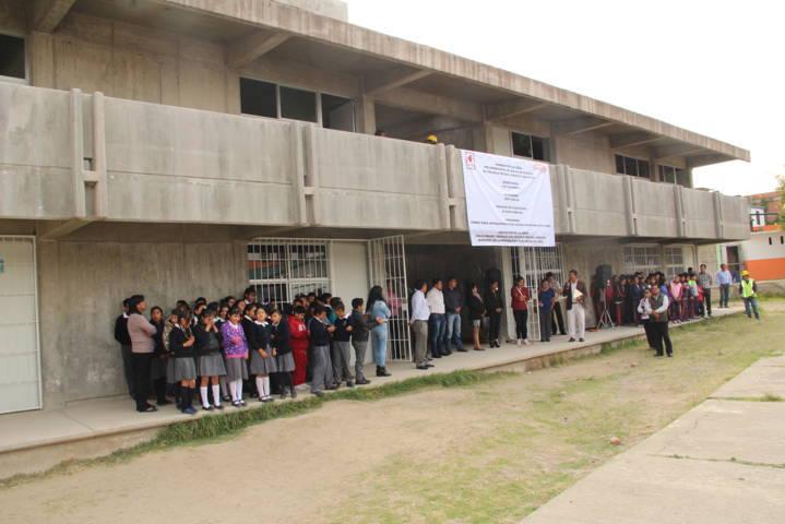 Alcalde mejora la infraestructura educativa de la escuela Miguel Hidalgo