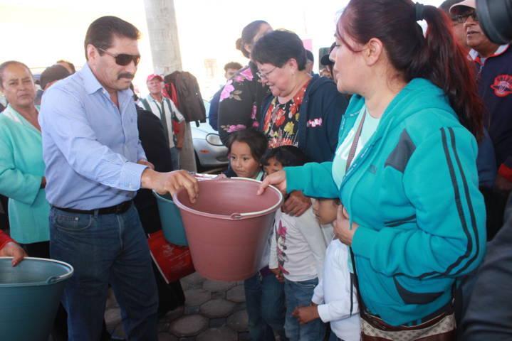El Mercado Artesanal ha contribuido al desarrollo del municipio: alcalde