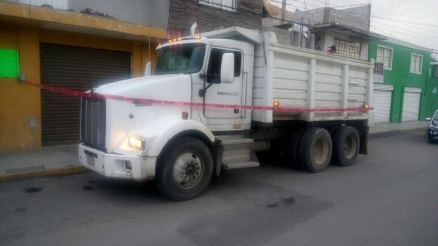 Frustran policías robo a camión de carga en Apizaco