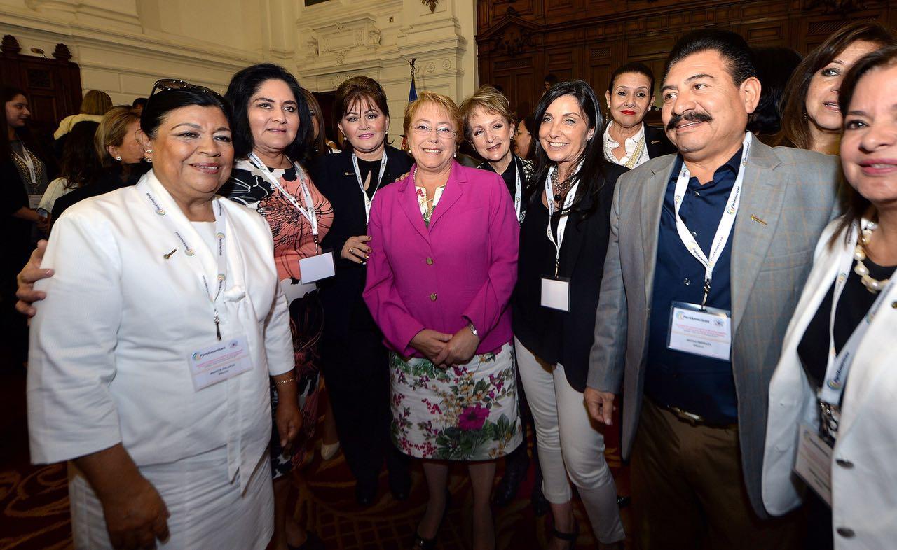 Trabaja Martha Palafox en agenda de género y medios en Chile