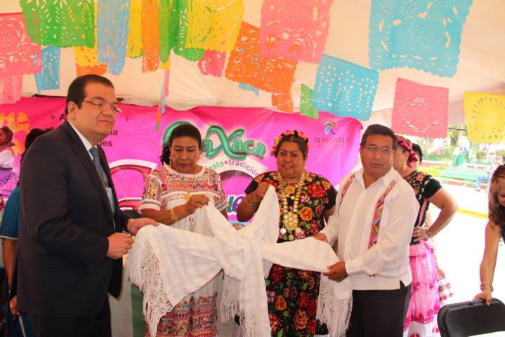 Oaxaca: Arte, Fiesta y Tradición llego a Huamantla con la Guelaguetza