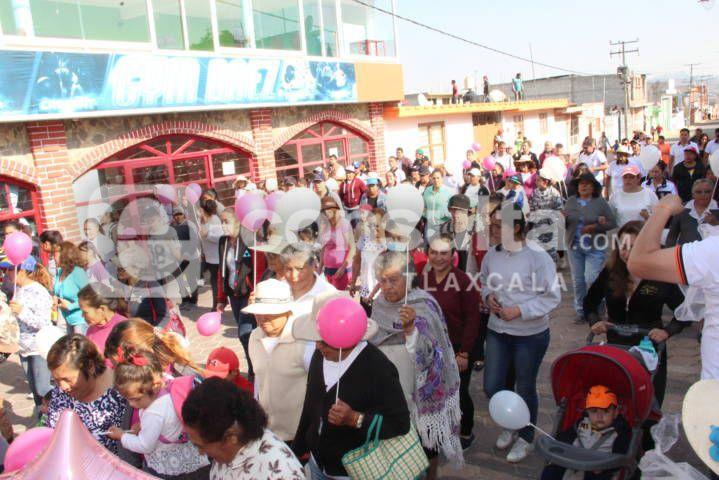 Ayuntamiento con una caminata conmemora el Día Internacional de la Mujer