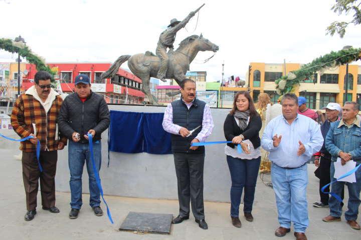 Francisco Román Sánchez inaugura parque de Zacatelco