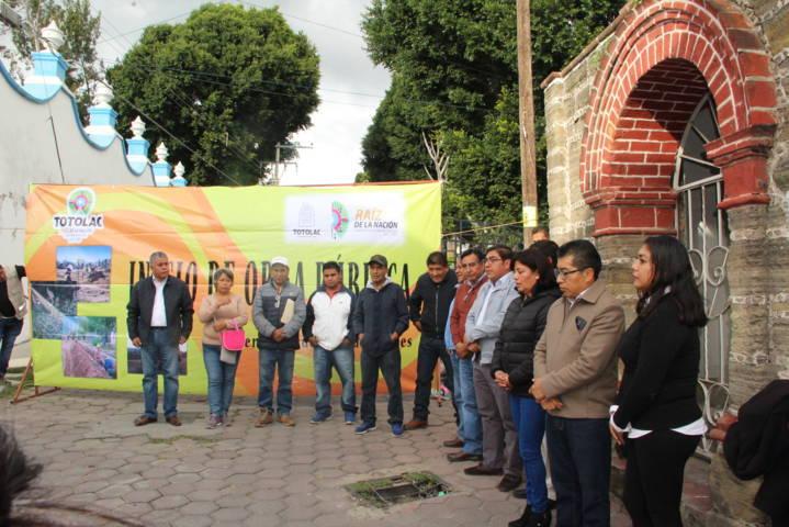 Alcalde mejora la imagen urbana de la calle Juárez y Maxixcatzin