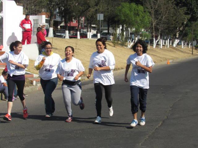 Organiza alcaldía capitalina Carrera de la Mujer