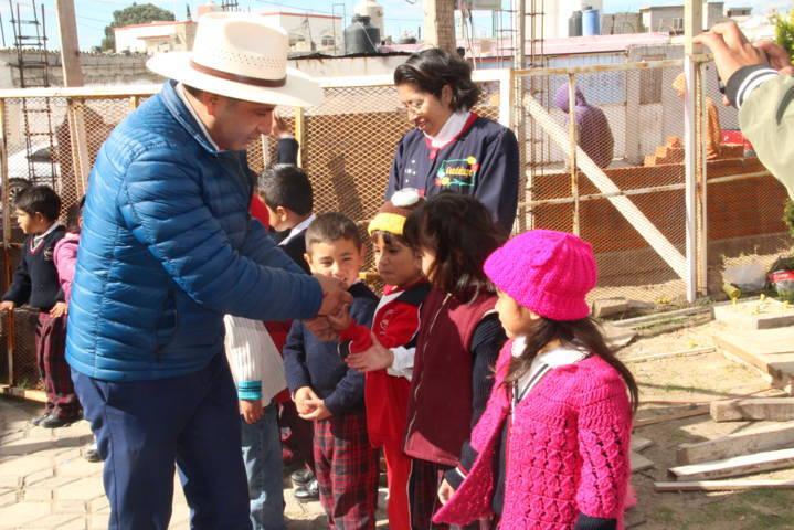 Jardín de Niños Guadalupe Bernal contaran con 2 aulas más y unos baños: alcalde