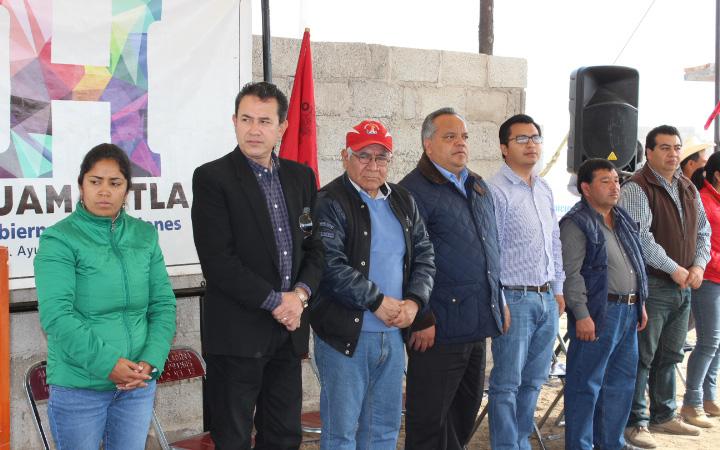 Encabeza Alejandro Aguilar López inicio de obra en la Colonia Antorchista