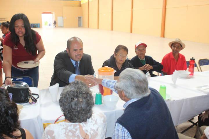 Fomentamos en los adultos mayores la sana convivencia: Diana Arana