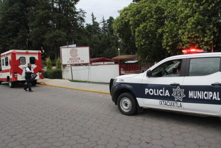 Autoridades del COBAT 08 niegan la entrada a paramédicos a atender una alumna