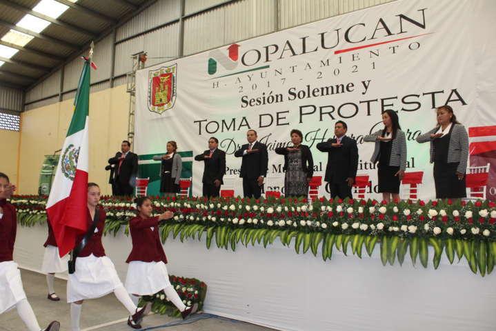 Jaime Herrera Vara rinde protesta como alcalde de Nopalucan
