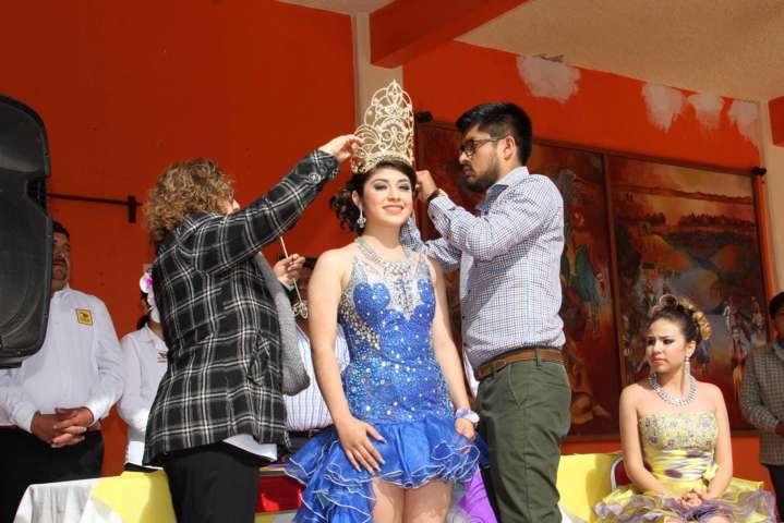 Es coronada Dafne I como Reina de Carnaval Texóloc 2017