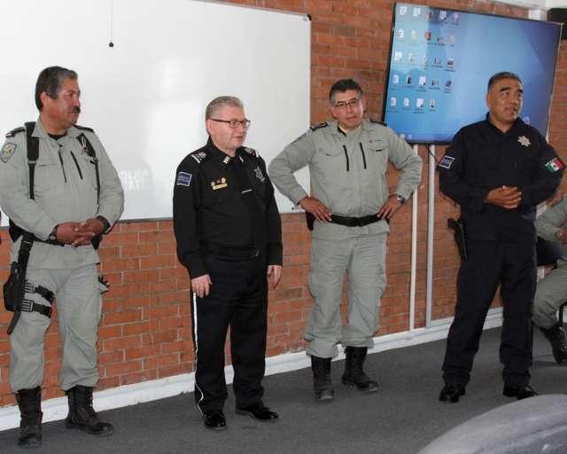 Capacita PEMEX a Policías Estatales