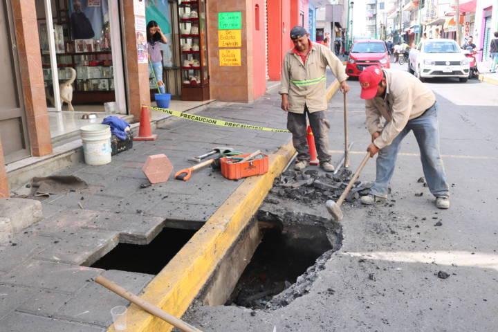 Suspenden servicio de agua en colonias de Chiautempan por fuga
