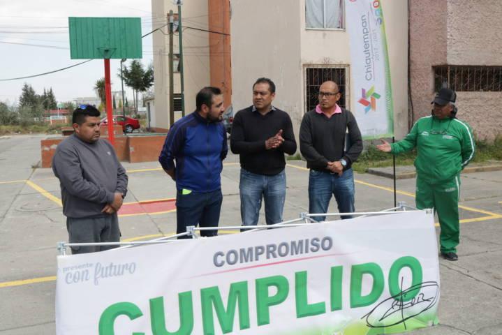 Héctor Domínguez Rugerio impulsa el deporte con entrega de canchas