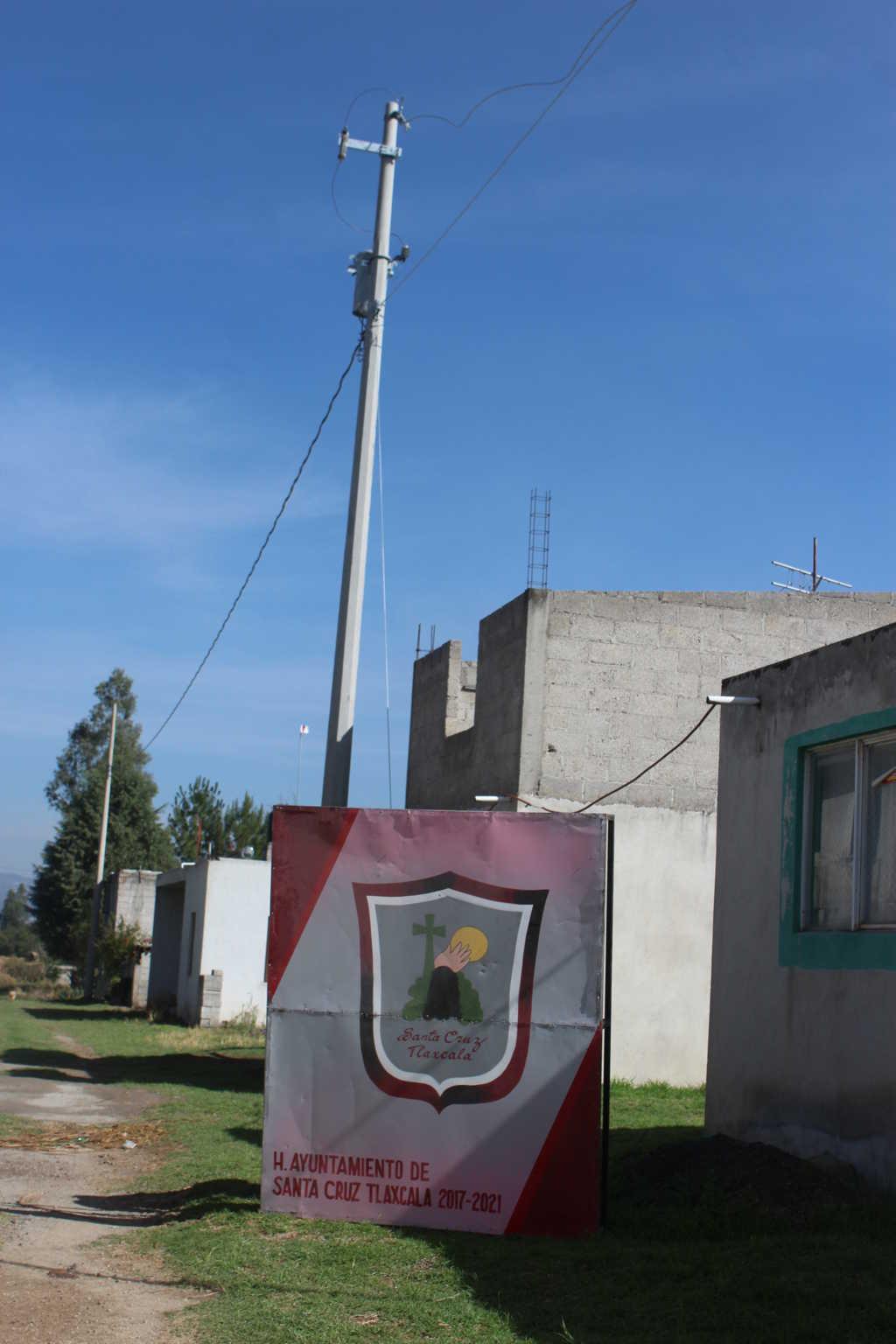 Una red eléctrica MÁS entregada para beneficio de San Lucas Tlacochcalco