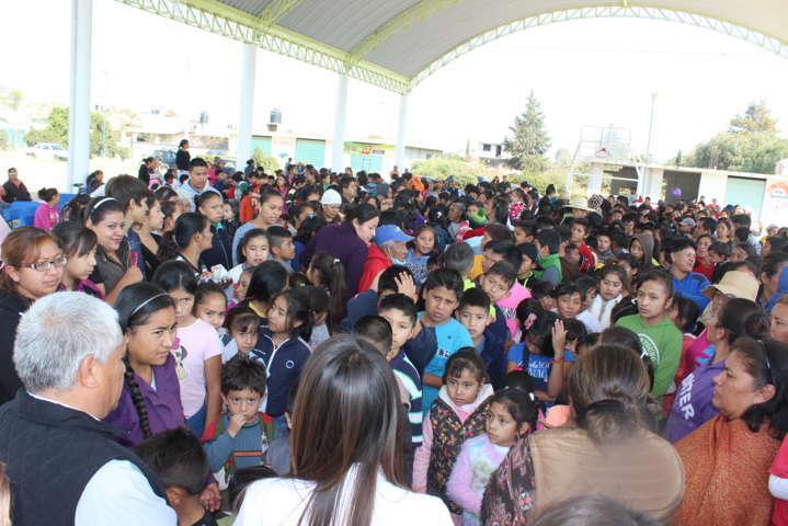 Filemón Desampedro festejo en grande a los niños este Día de Reyes
