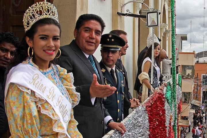 Impresionante contingente militar de Independencia en Calpulalpan
