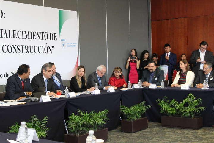 Senadores propondrán una nueva ley de obra pública que erradique la corrupción