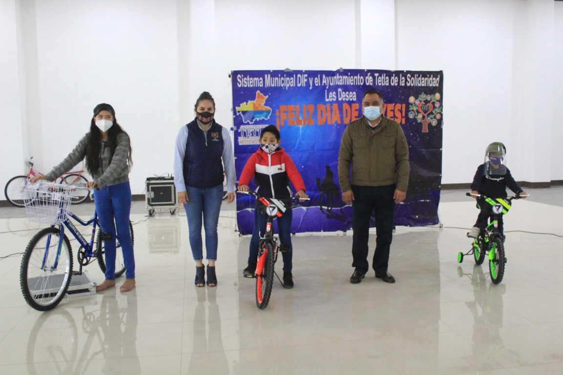 DIF Municipal de Tetla entrega 180 juguetes con motivo del Día de Reyes