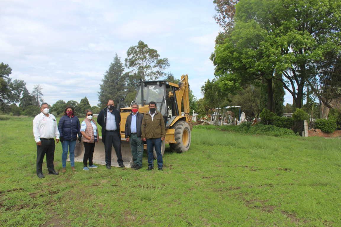 Inicia construcción de barda perimetral y fachada del panteón municipal de Santa Cruz Tlaxcala
